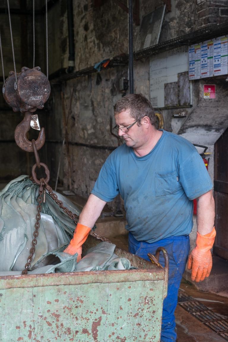FRANÇOIS CAVELIER Tannerie Bastin. Saint-Léonard-de-Noblat. MONOCLE