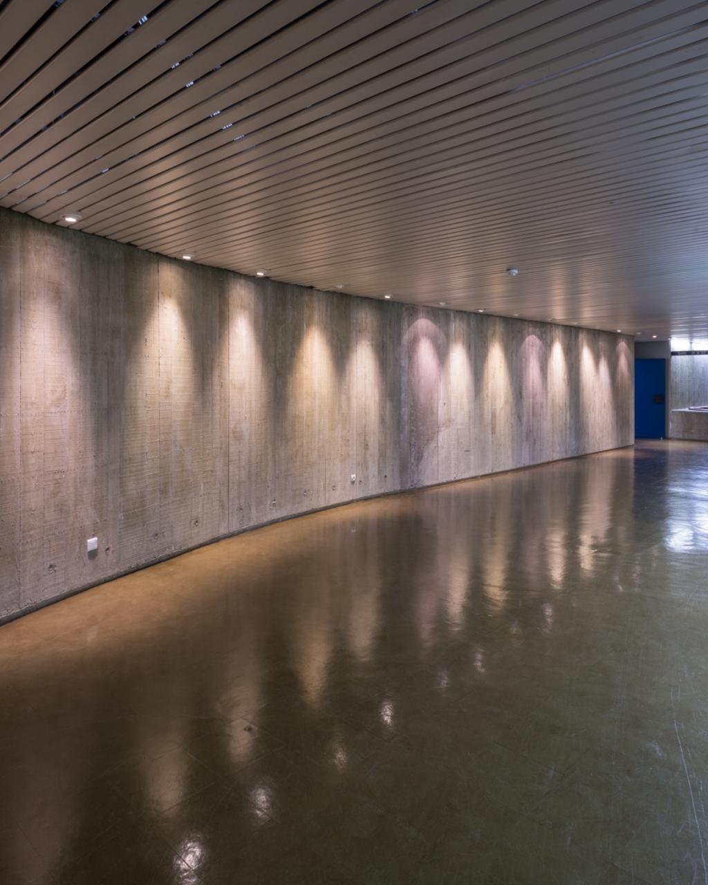 FRANÇOIS CAVELIER Siège du Parti Communiste, Oscar Niemeyer. Paris. MONOCLE