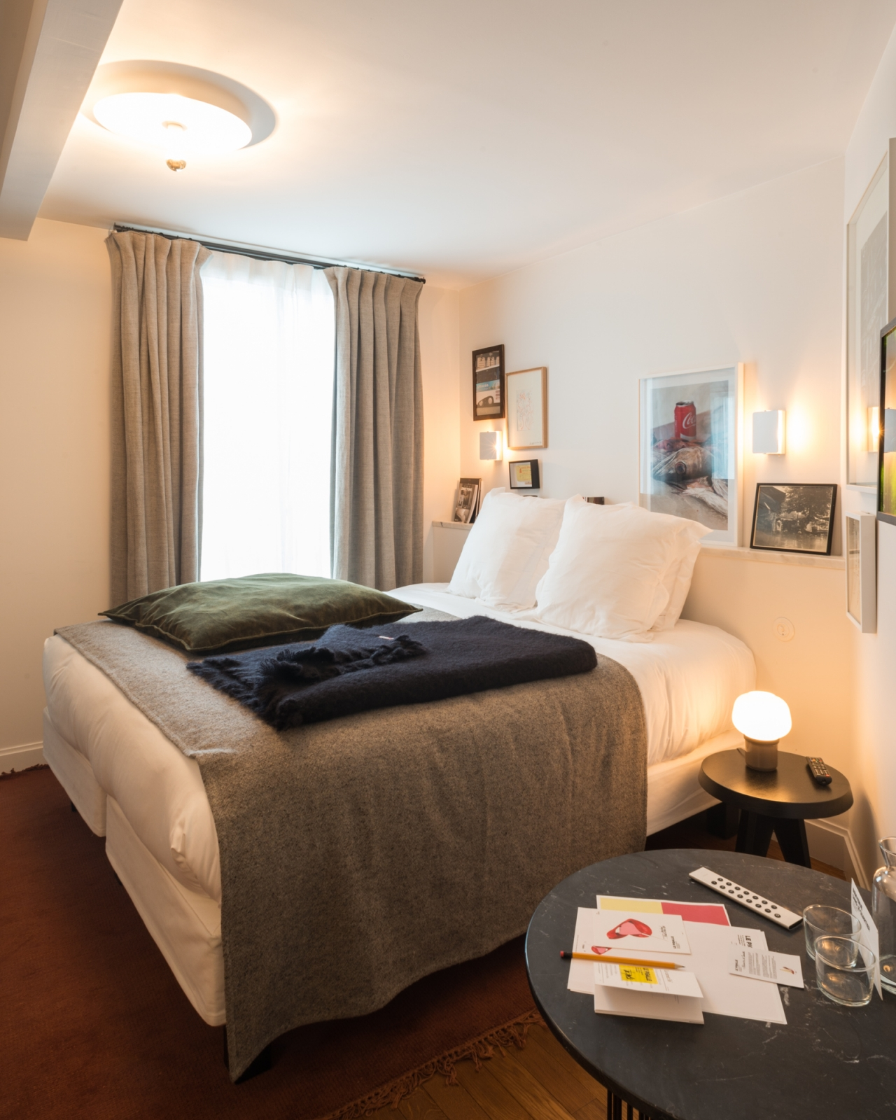 fran ois cavelier le pigalle hotel paris monocle fran ois cavelier. Black Bedroom Furniture Sets. Home Design Ideas