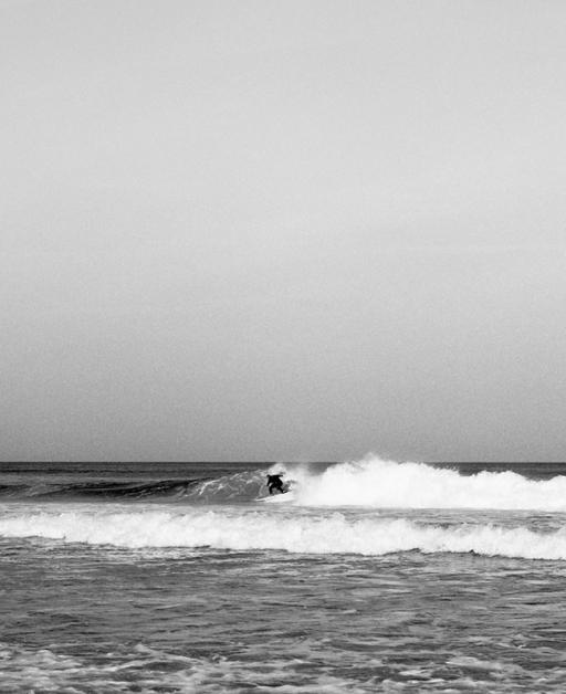 FRANÇOIS CAVELIER Lacanau Beach. France
