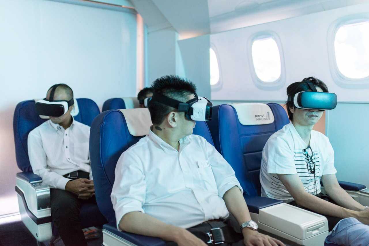 FRANÇOIS CAVELIER First Airlines. Virtual reality into a virtual flight. Tokyo. MONOCLE